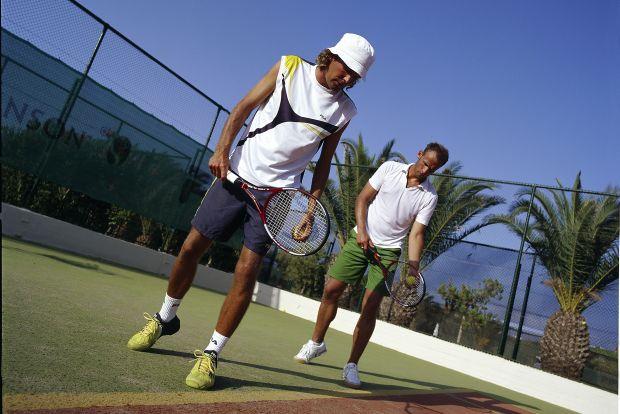 Tennis Robinson