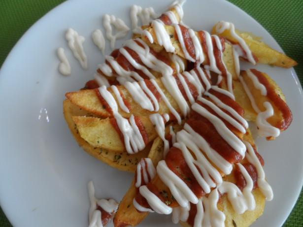 "Patatas mit ""Mojo rojo"""
