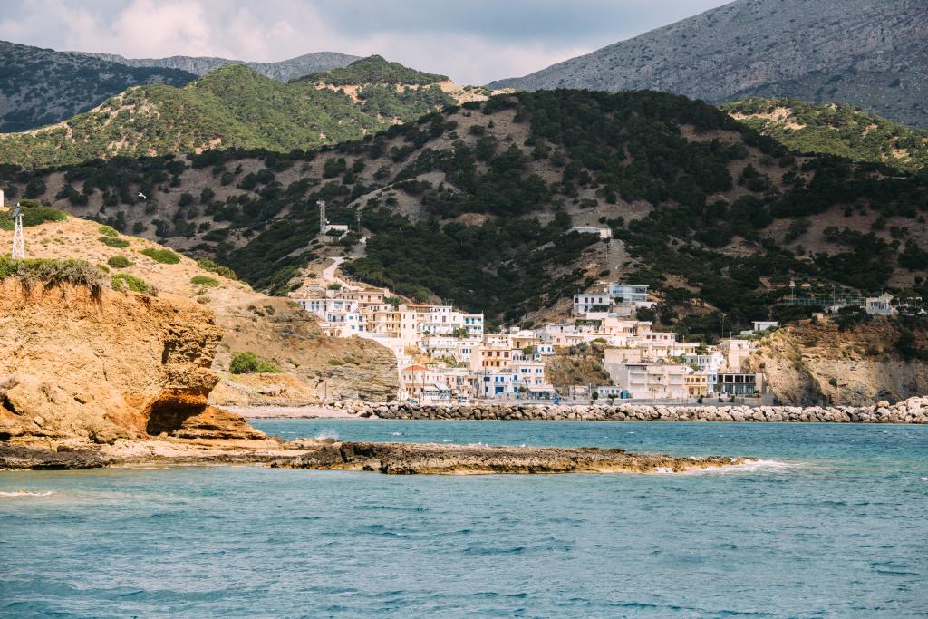 Ankunft im Hafenort Diafani