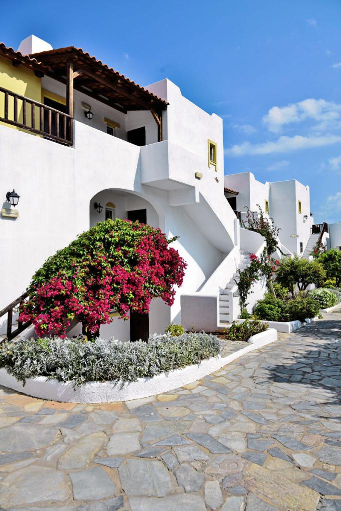 Alexander Beach Hotel Village_01
