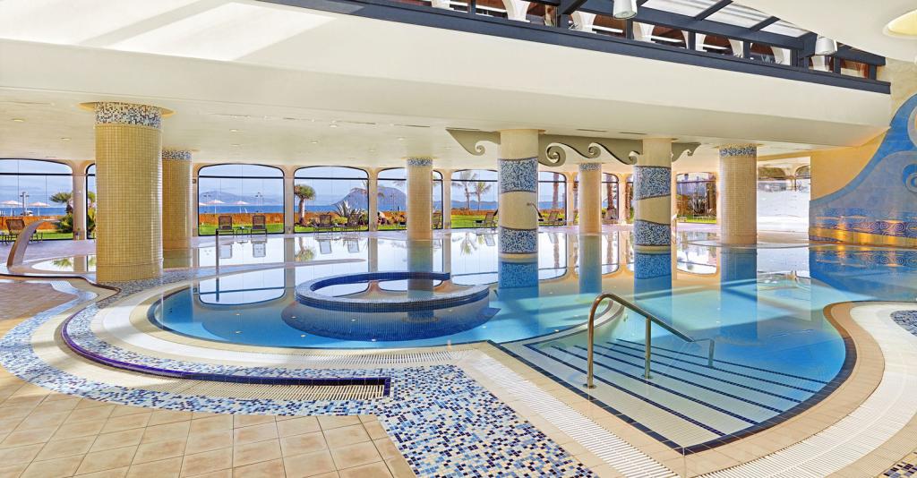 Gran Hotel Atlantis Bahia Real_01