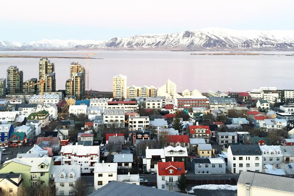 reisetipps f r island es beginnt in islands hauptstadt reykjav k reiseblog. Black Bedroom Furniture Sets. Home Design Ideas