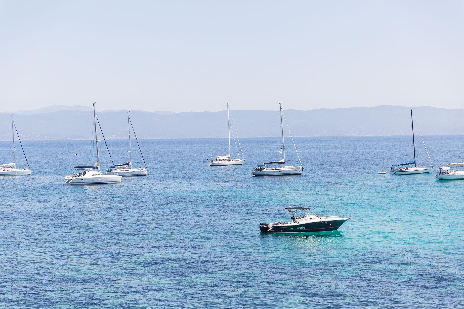 Bootsfahren ist ein Muss in Korsika!