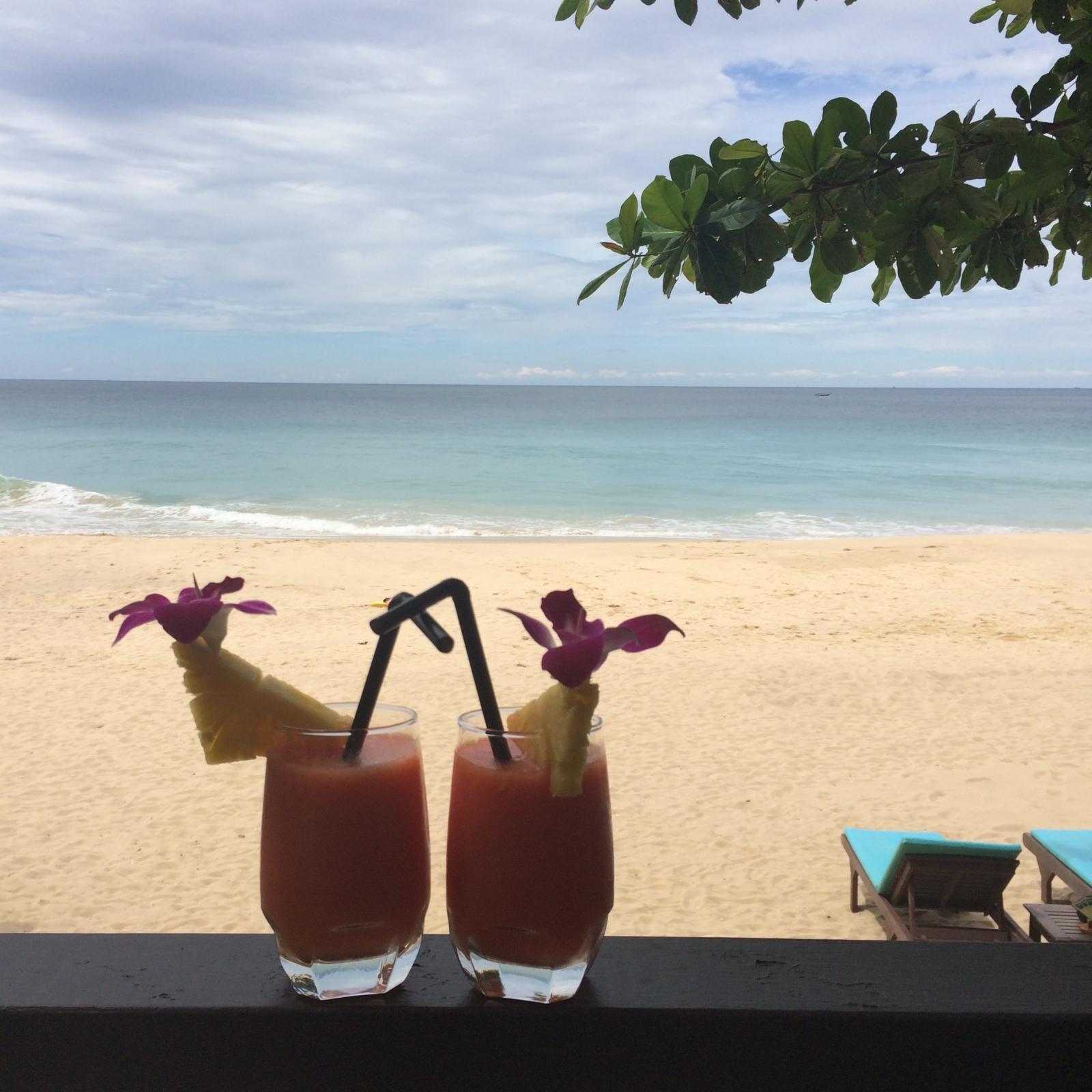 Thailand_Phuket_Andaman White Beach Resort_Strand