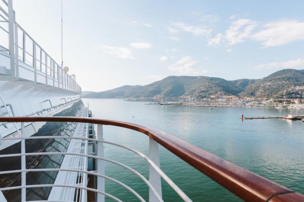 Der Hafen von La Spezia von der Costa Diadema