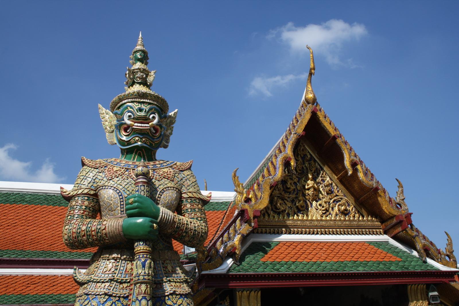 TUI_Thailand_Bangkok_Königspalast_Tempelwächter