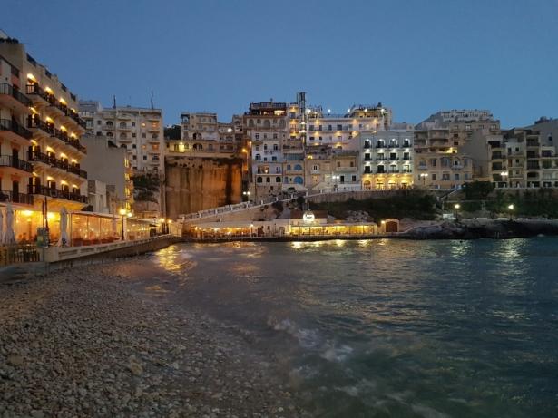 Gozo Malta TUI Städtereise Insel Sprachreise Xlendi Bay