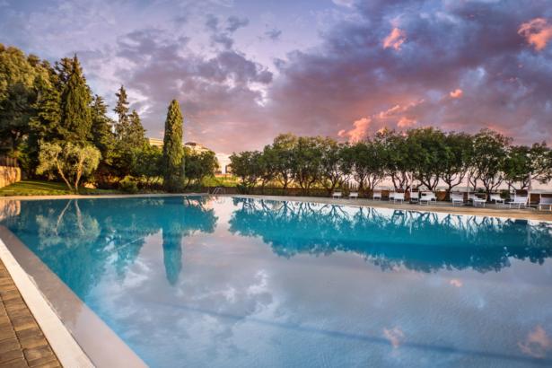 Pool Toskana Hotel Castelfalfi TUI Blog Reisen Italien Toskana