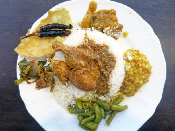 Das Nationalgericht der Insel ist Rice and Curry.