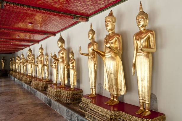 Phra Chetuphon Vimolmangklararm Rajwaramahaviharn Temple or Wat Pho, Bangkok