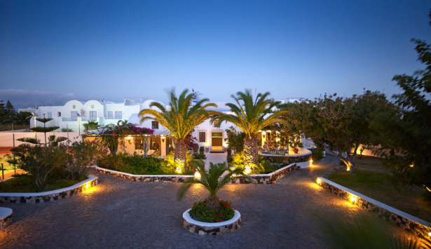 Santorini Kastelli Resort Außenansicht
