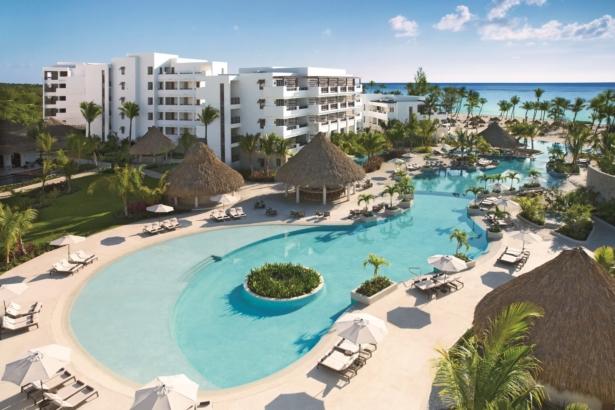 TUI Secrets Cap Cana Resort & Spa Pool