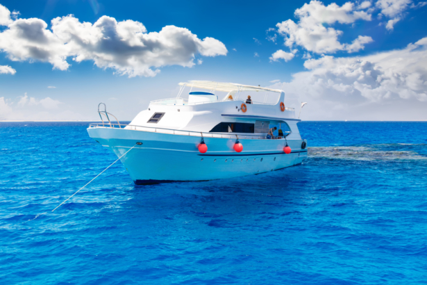 Schiff am Meer