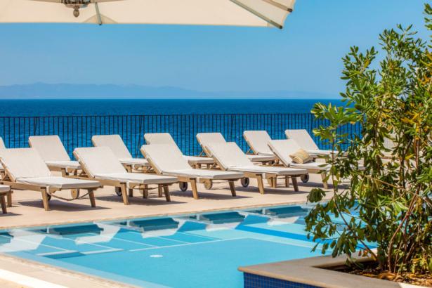 TUI BLUE Jadran Pool - für einen entspannten Roadtrip