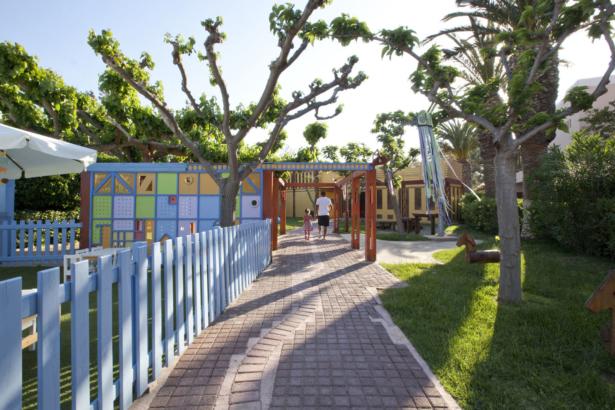 best FAMILY AQUILA Rithymna Beach Außenbereich Kinder