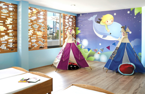 best FAMILY Roda Beach & Spa Kinderzimmer