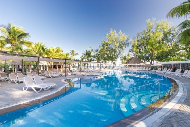 Mauritius RIU Le Morne Pool