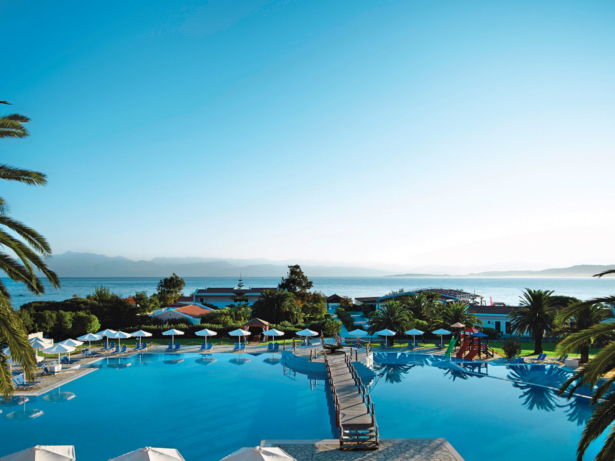 TUI KIDS CLUB Roda Beach Pool - Top 10 Rutschenhotels