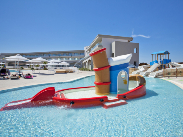 TUI BLUE Lagoon Princess Kids Pool