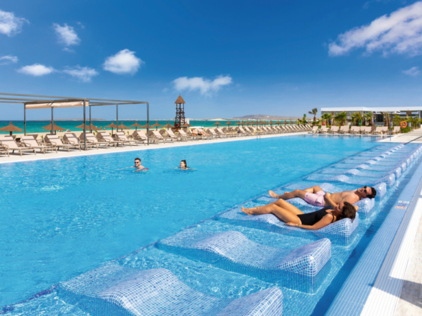 Hotel Riu Palace Boa Vista Pool