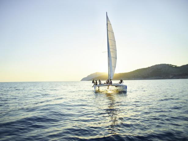Segelboot am Meer